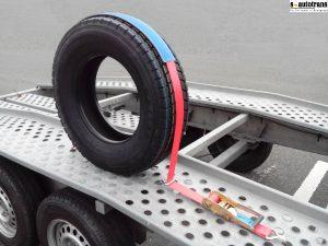 Trak za povezovanje avtomobilov